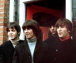 Aukcja pamiątek po The Beatles. Kosmyk włosów Johna Lennona za 12 tys. dolarów