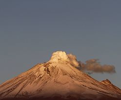 Olbrzymia chmura nad wulkanem. Jak ochronić mieszkańców?