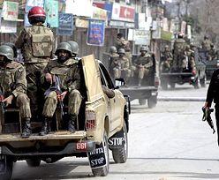 Walki w Pakistanie. 15 zabitych w ataku na szyicki meczet w Peszawarze