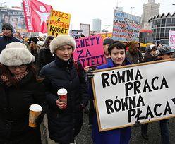 """Manifestacja w Warszawie. """"Faceci do garów"""" i """"Podatki na matki"""""""