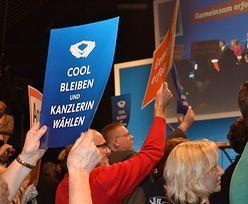 """""""Romb Merkel"""" kontra środkowy palec. Kandydaci na kanclerza walczą na gesty"""