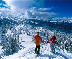 Ubezpieczenie turystyczne na zimowy wyjazd. Dodatkową polisą może być karta płatnicza