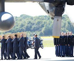 Pierwsze ciała ofiar katastrofy samolotu dotarły do Holandii