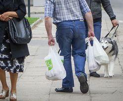 Opłata recyklingowa obejmie także grubsze foliówki. Rząd uszczelni przepisy