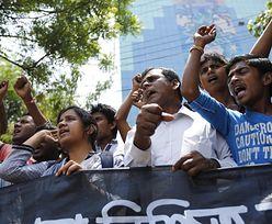 Bangladesz: Wielotysięczne protesty w rocznicę zawalenia się fabryki odzieżowej
