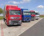 Ciężarówki na postojach - jest zakaz ruchu