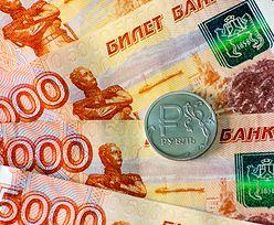 Rosyjska waluta zyskuje na wartości. Najlepszy wynik od roku