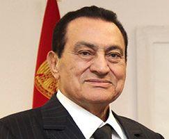 Hosni Mubarak czuje się coraz gorzej. Podłączony go do respiratora