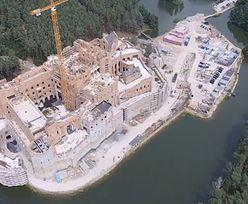 Zamek w Puszczy Noteckiej jest większy, niż mówił inwestor. Są wyniki kontroli