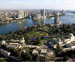 Sytuacja w Egipcie. Ambasada Wlk. Brytanii w Kairze zawiesza działalność