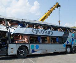 Wypadek autobusu w Niemczech. Przewoźnik zabiera głos