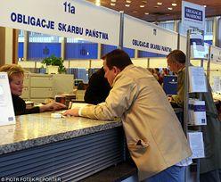 Polacy lokują miliardy w obligacjach. Większość realnie nie zarabia