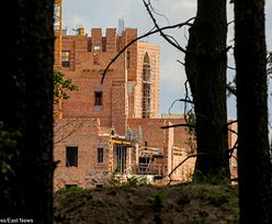 Zamek w Puszczy Noteckiej. Jaki los czeka kontrowersyjną inwestycję