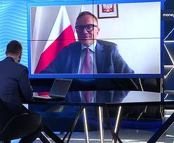 """""""Radosny SMS"""". Jacek Sasin nie jest zakażony koronawirusem"""