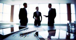 CEO, COO, CFO - jak rozszyfrować nazwy stanowisk w danej firmie?