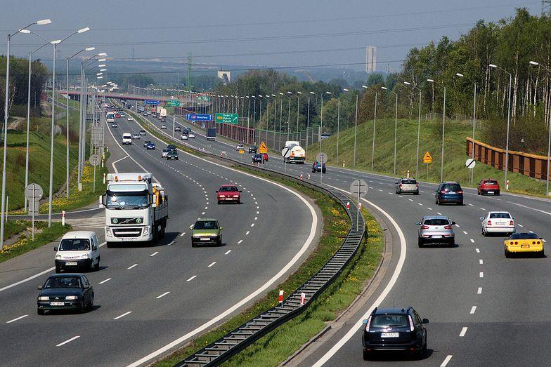 Budowa dróg w Polsce. Rząd popiera projekt PO ws. usprawnień przygotowań do budowy