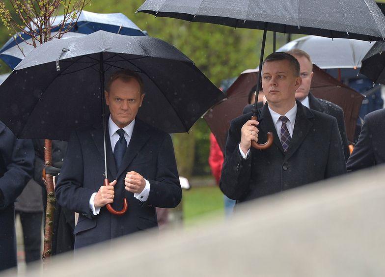 Premier Donald Tusk i szef MON Tomasz Siemoniak</br>podczas dzisiejszych uroczystości