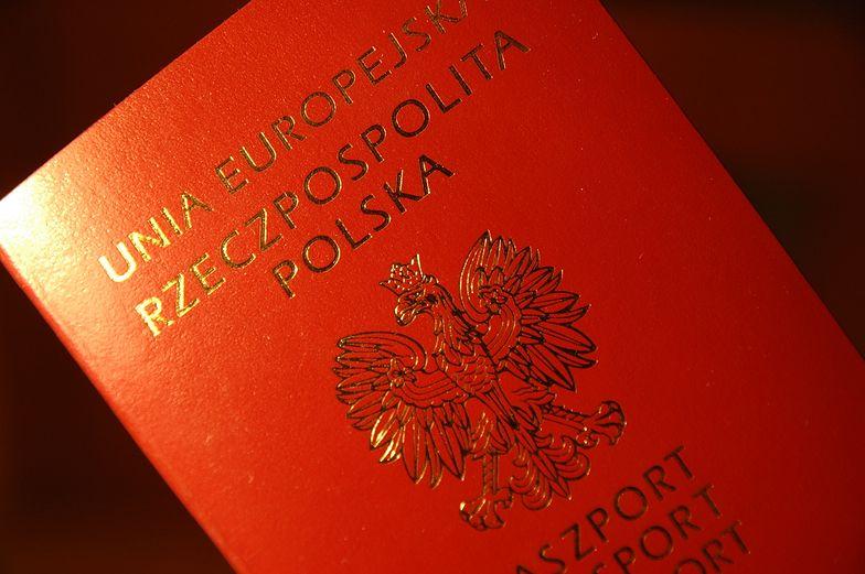 MSW zachęca do wyrabiania paszportu przed wakacjami
