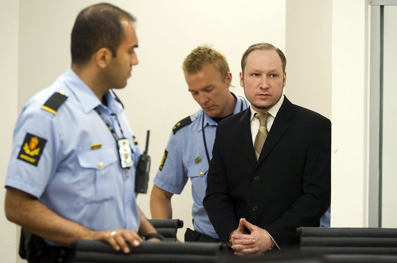 Proces Breivika. Zeznawali policjanci