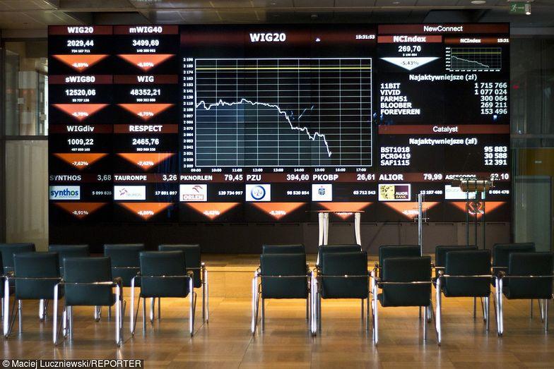 Akcjonariusz szybko wyprzedał akcje za 21 mln zł. Informuje o tym po kilku miesiącach