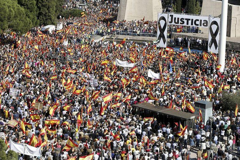 Demonstracja w Madrycie. Tysiące ludzi przeciw Trybunałowi Praw Człowieka