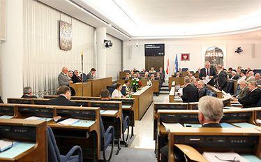 Ustawa o finansach publicznych do zmiany. Senatorowie zawieszą pierwszy próg ostrożnościowy?