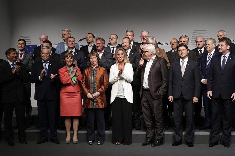 Konflikt na Ukrainie głównym tematem szczytu unijnych szefów dyplomacji w Mediolanie