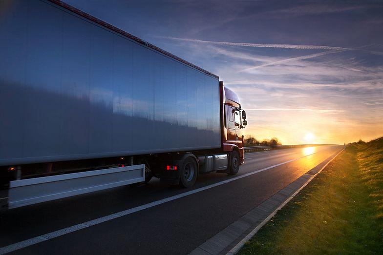 Transportowcy szukają kierowców. Jest nawet 100 tysięcy miejsc pracy