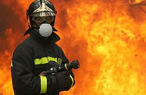 Praca strażaka: pająk na poduszce i inne dziwne telefony