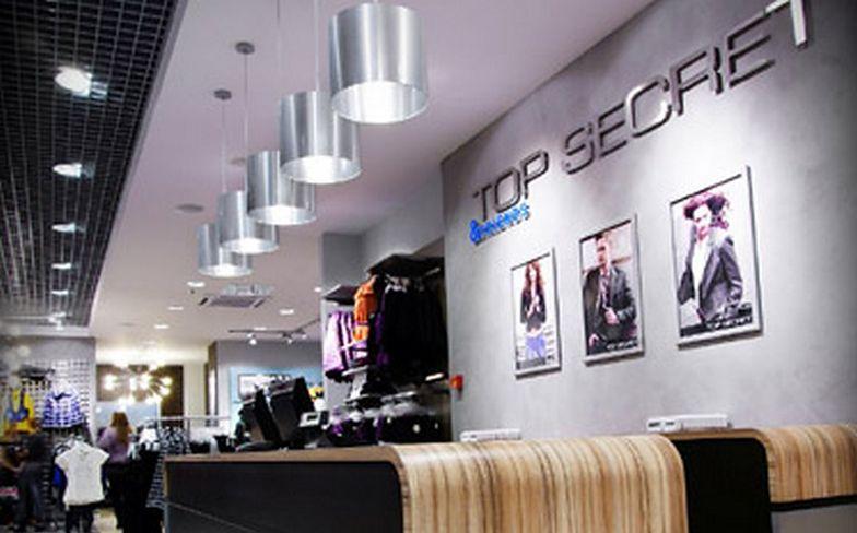 Spadają przychody właściciela sklepów Top Secret