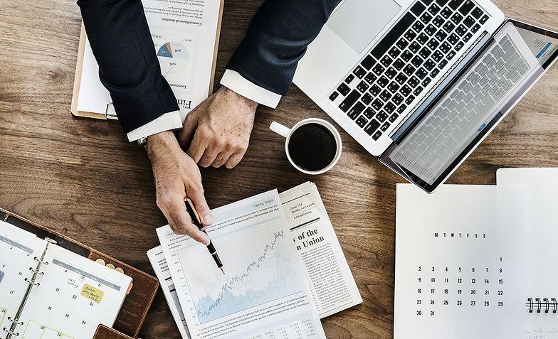 Prowadzenie działalności wymaga wiedzy o kosztach, które trzeba ponieść, by biznes funkcjonował