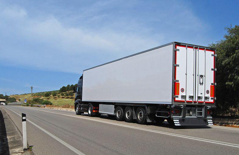 Polskie firmy transportowe zagrożone po decyzji KE. Nowe prawo może oznaczać bankructwo części z nich