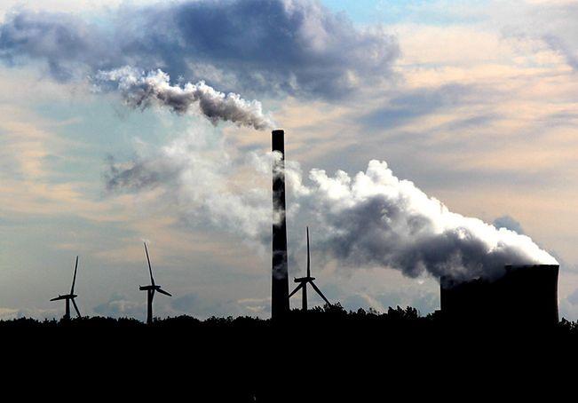 Paryski szczyt oznacza koniec węgla w Polsce? Wiceminister środowiska: nie ma mowy o dekarbonizacji
