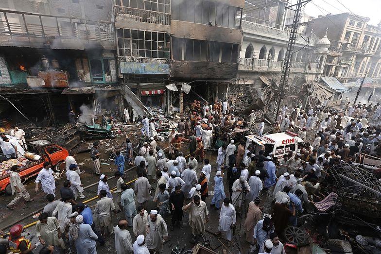 Zamach w Pakistanie. W Peszawarze zginęło ponad 30 osób