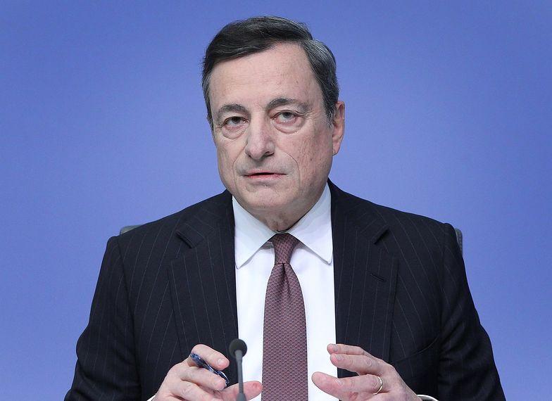"""Mario Draghi nadal pozostaje """"gołębiem"""" w gronie prezesów największych banków centralnych świata"""