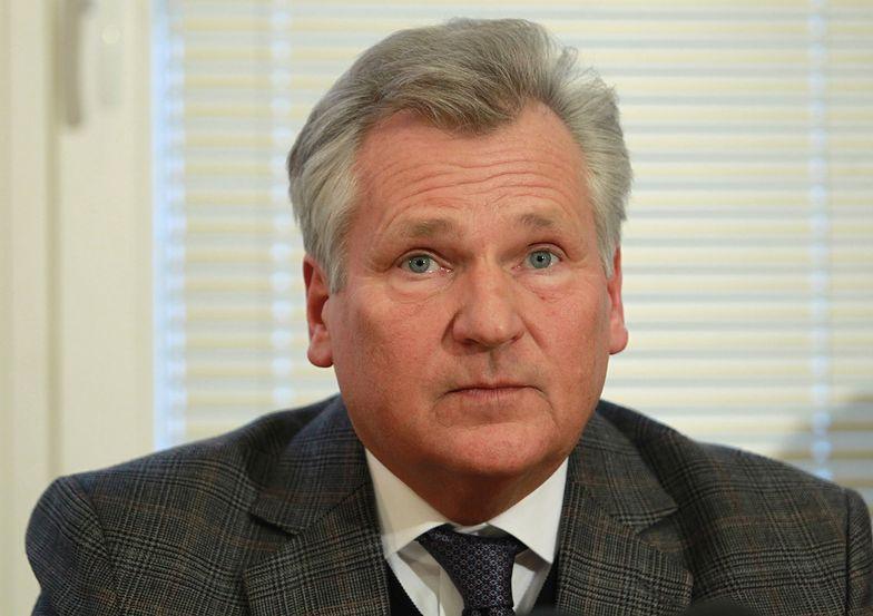 Kwaśniewski i Cox: Ukraina wciąż nie spełnia warunków UE