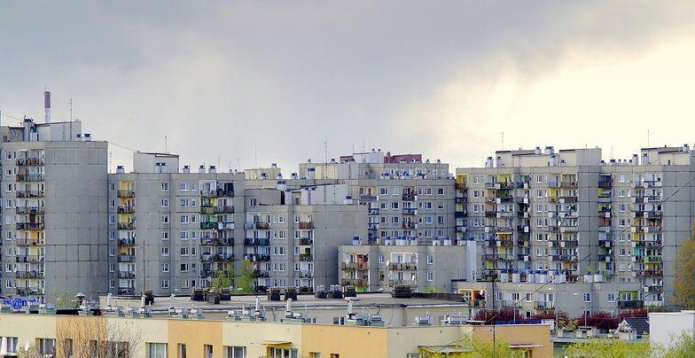 Łączenia warstw w niektórych budynkach z wielkiej płyty wymagają wzmocnienia
