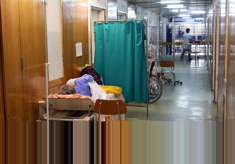 Szpital na Banacha sprzed paru lat. Pacjentów już na korytarzach nie ma, ale oddziały wyglądają bardzo podobnie.