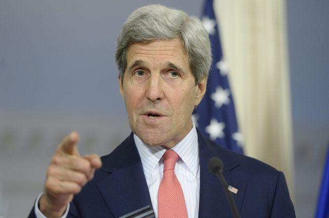 """Kerry mówi o """"spreparowanym"""" referendum"""