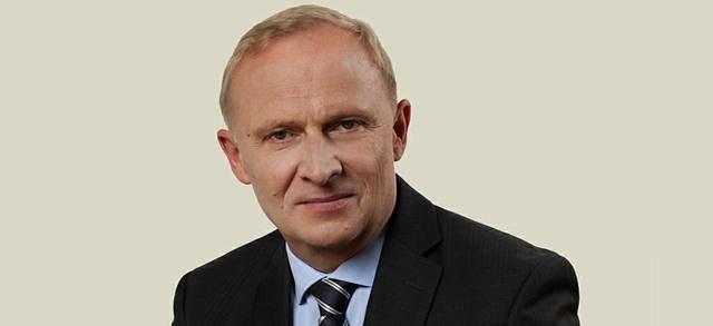 Generała Skrzypczaka w MON zastapi wiceminister ds. socjalnych