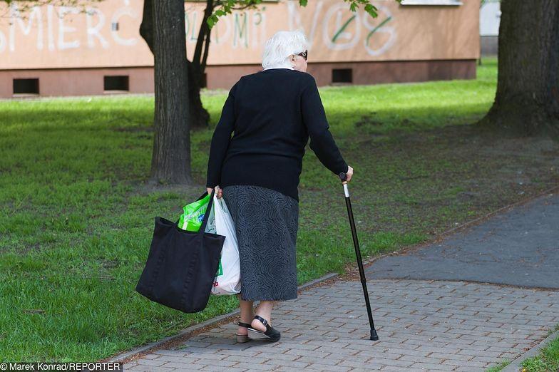 Polski nie stać na emerytury obywatelskie. Mamy za duży dług