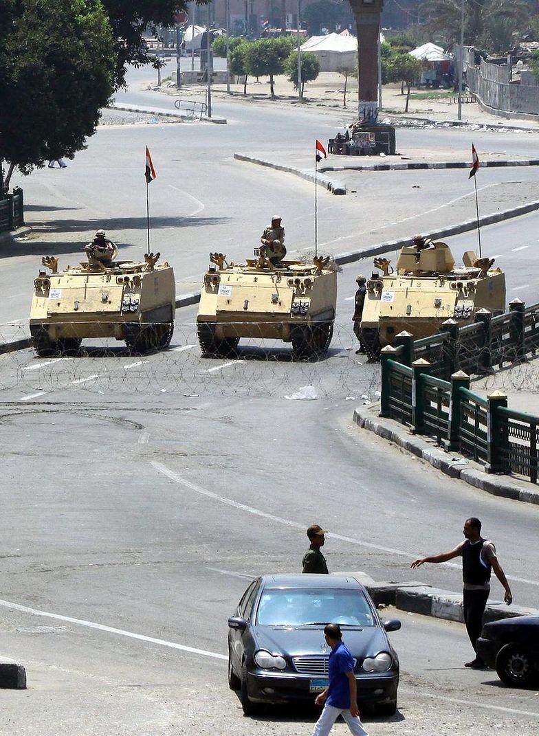 Początek manifestacji zwolenników Mursiego