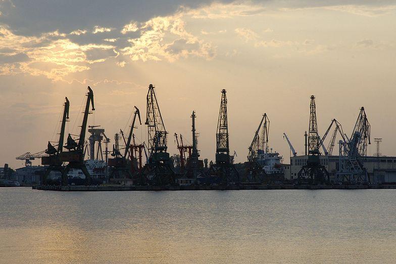 Kilka dni temu do portu w Warnie zawinął statek ze sprzętem do układania rur</br>pod wodą. Mimo to do inwestycji prawdopodobnie nie dojdzie</br>