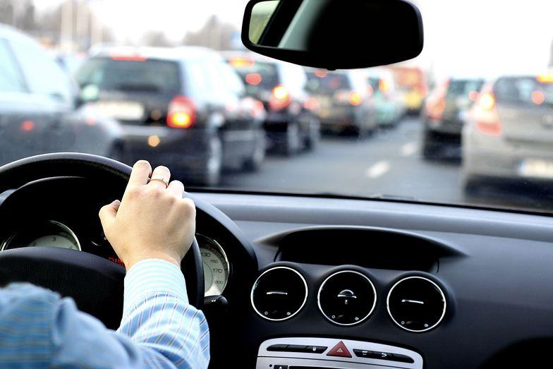 Kierowcy mniej piją. Wybierają inne używki