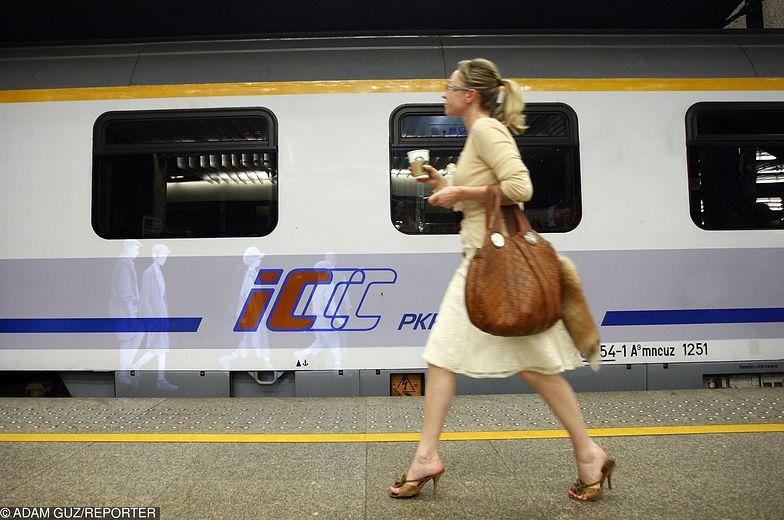 PKP Intercity ma problem z wagonami. Na wakacje znów pożyczymy je od Czechów