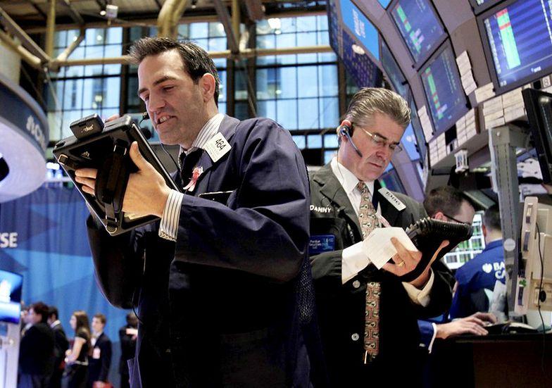 Niewielkie wahania na Wall Street