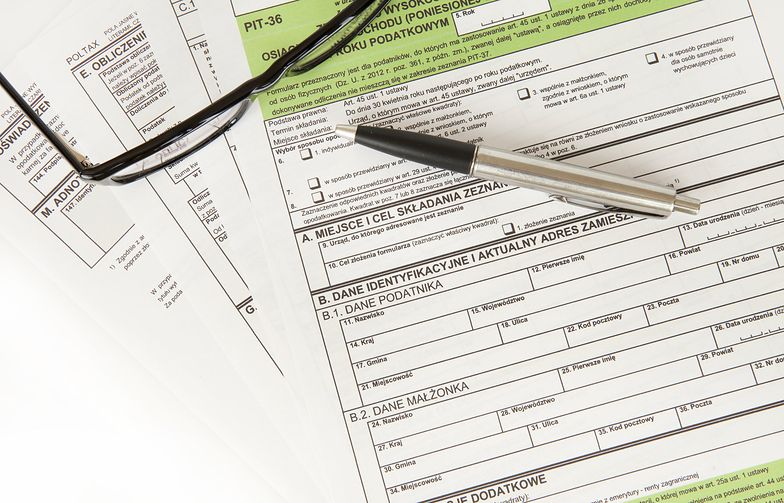 Jak wypełnić PIT-36? Poznaj elementy popularnej deklaracji podatkowej