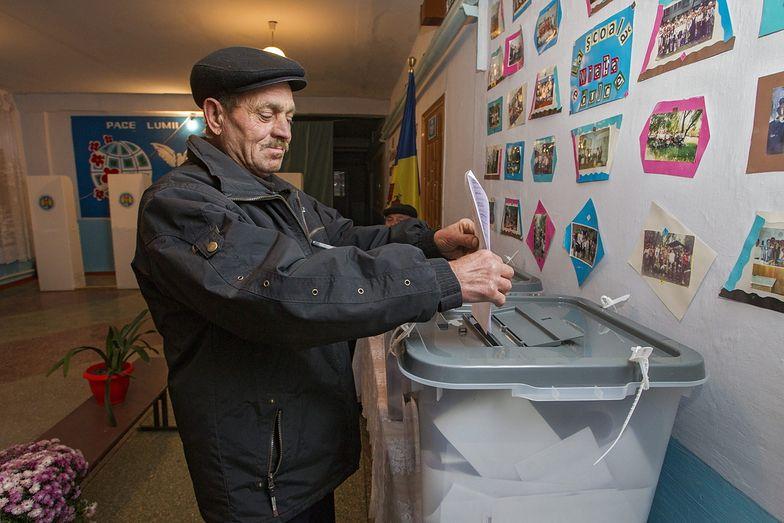 """Wybory w Mołdawii. Powiedzieli """"nie"""" Putinowi. Kreml to uszanuje?"""