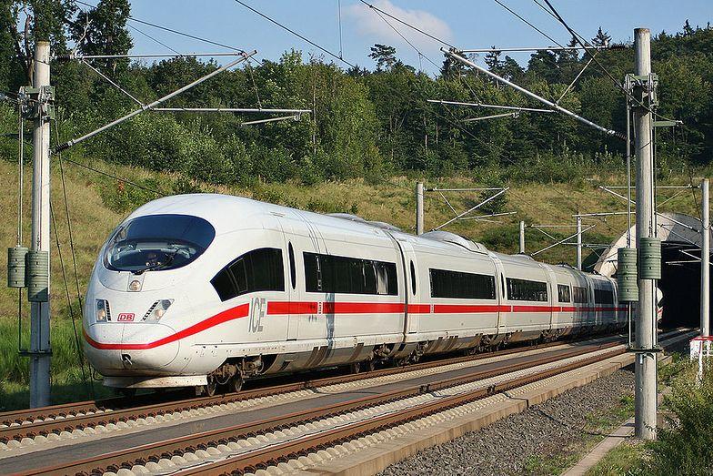 Poważne utrudnienia w ruchu pociągów. Przez strajk