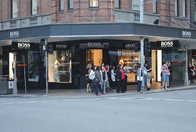 Hugo Boss będzie zamykać swoje sklepy. Wyniki najgorsze od 6 lat